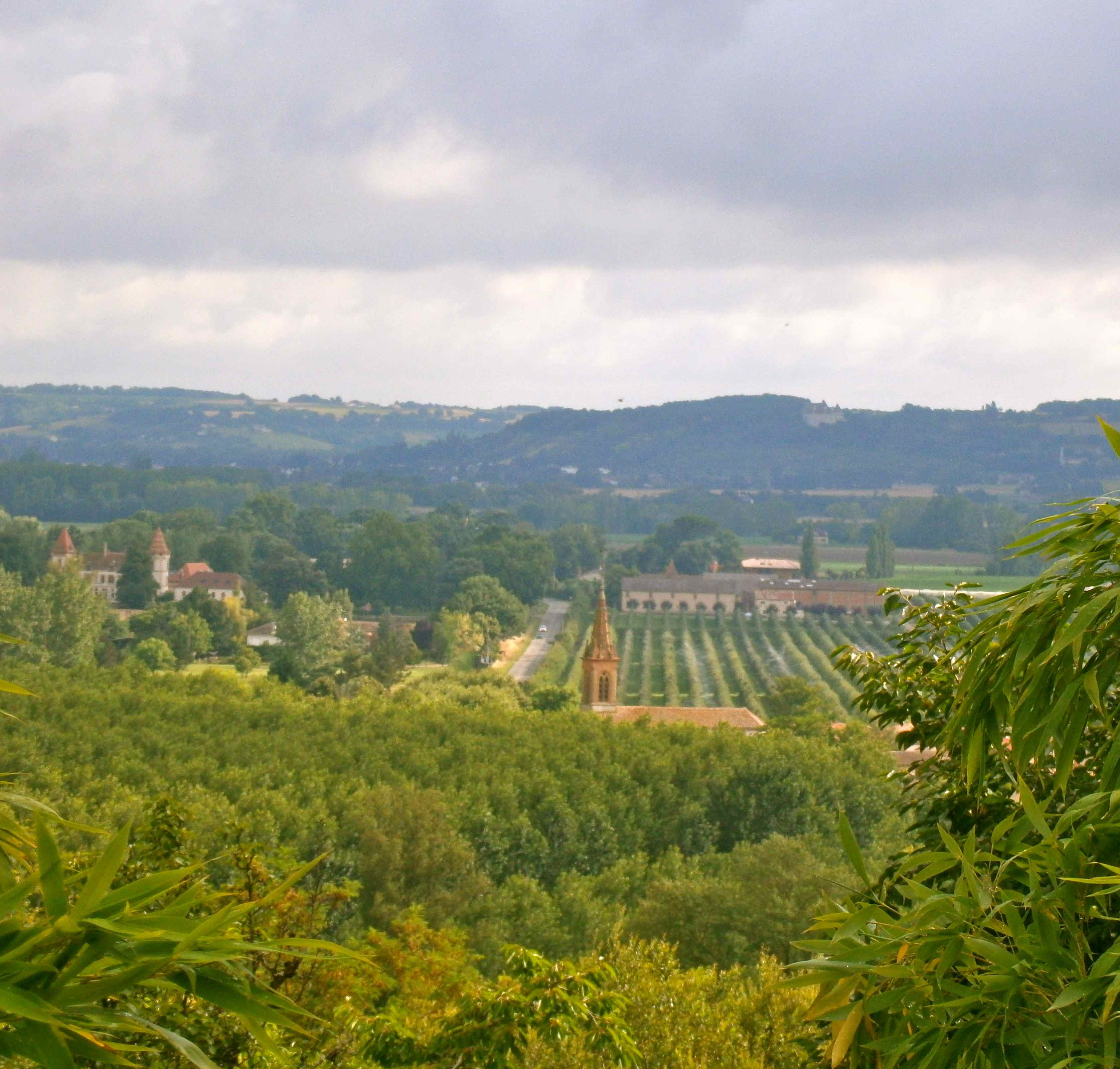 View over Auvillar